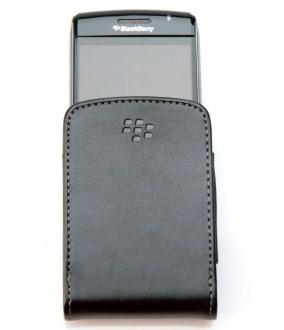 Blackberry Bold 9700 - Устройство в чехле