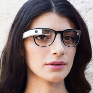 Итальянская компания будет производить оправы для Google Glass