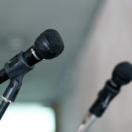 Стивен Хокинг представил свой новый голос